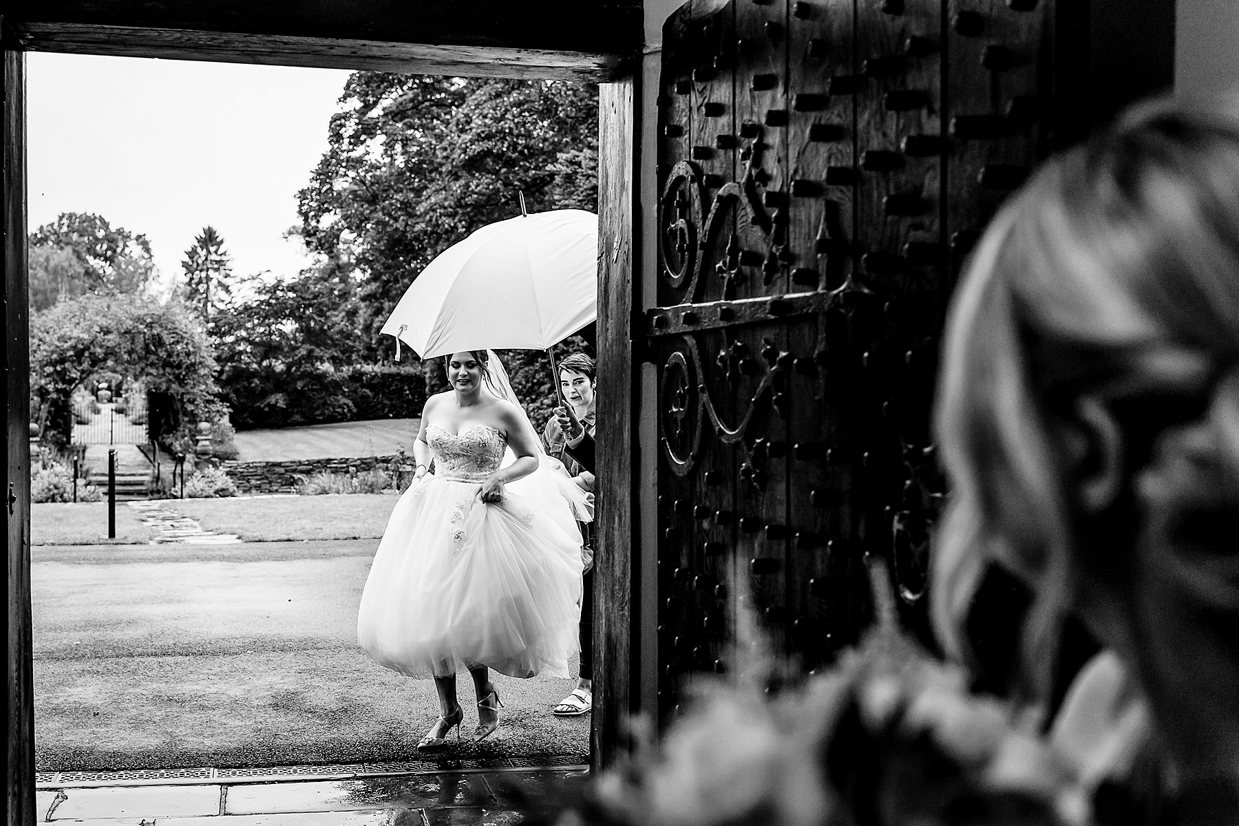 bride arrives for ceremony