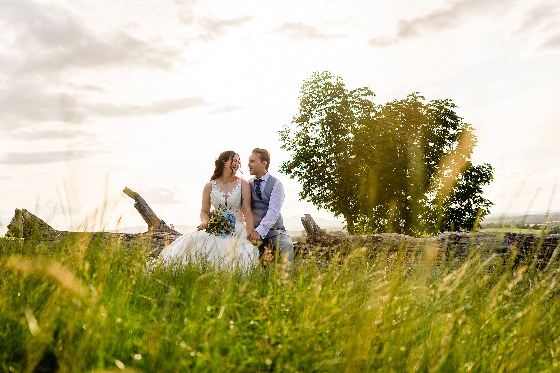 bride and groom photos at deer park