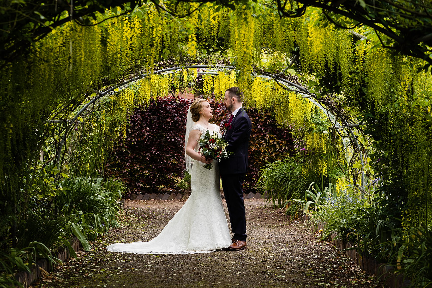 bride and groom photos at goldstone hall
