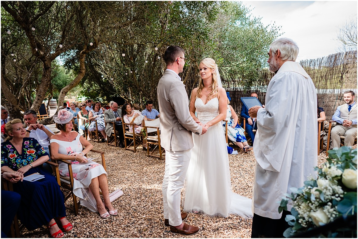 wedding ceremony at Binifadet vineyard