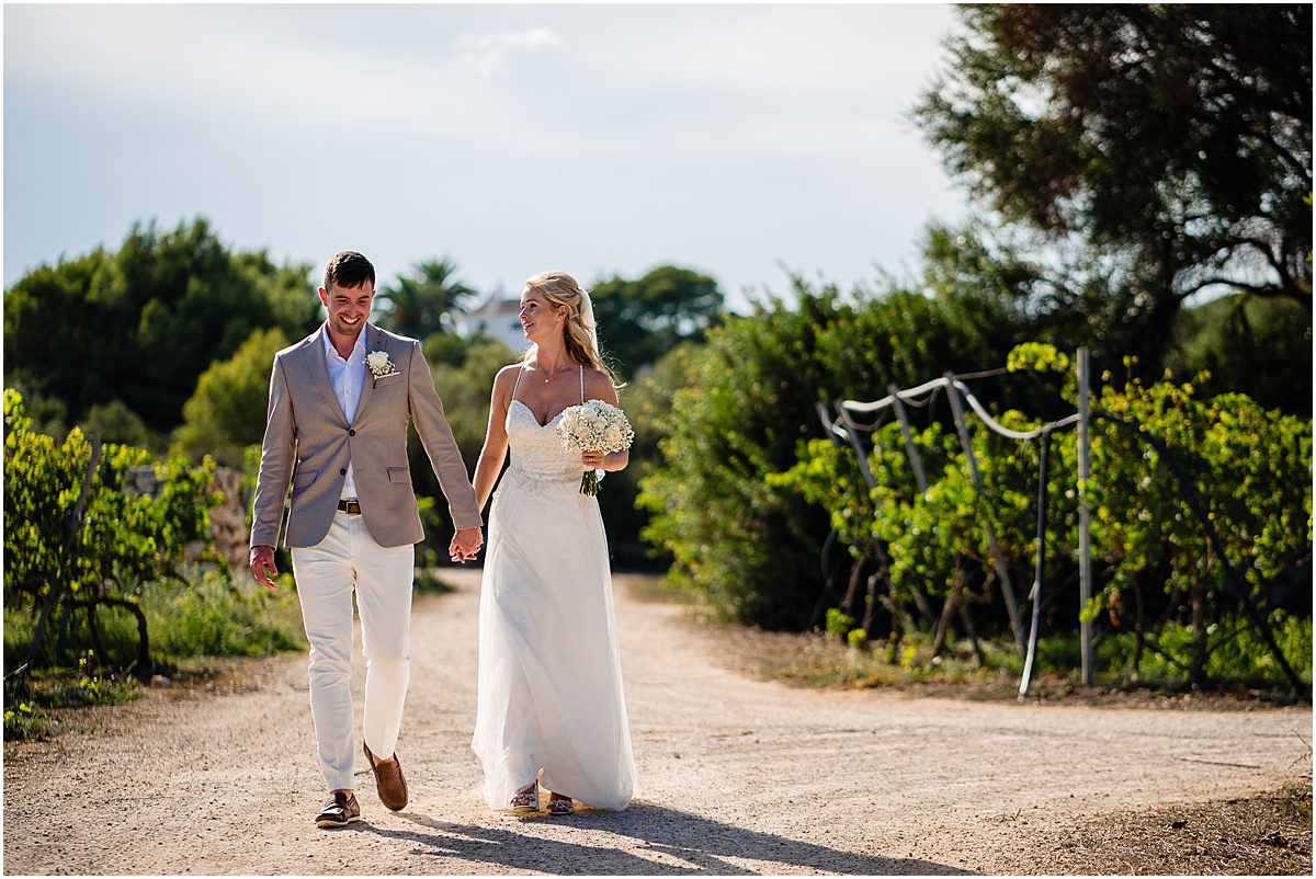 wedding photography at Binifadet vineyard