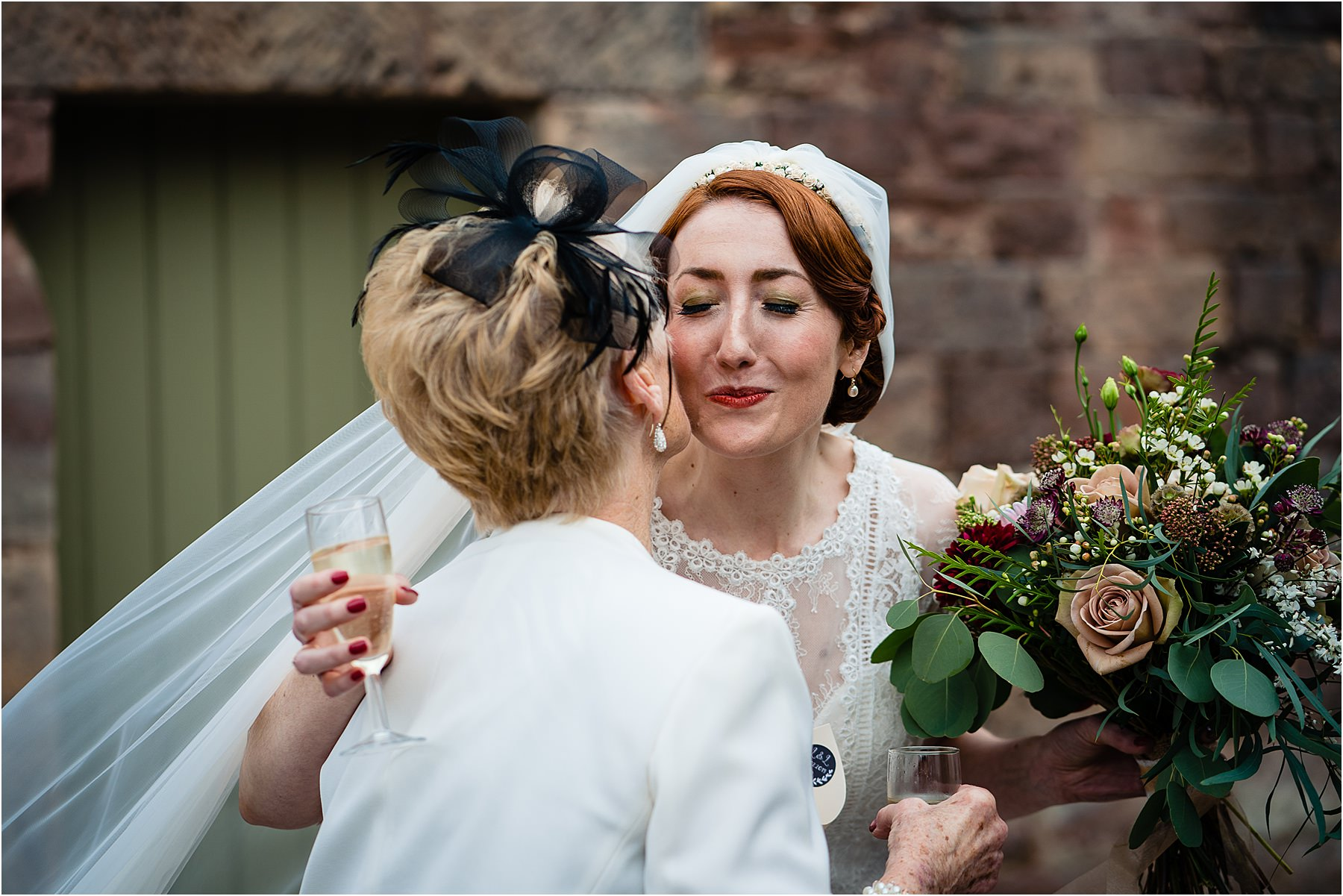 natural wedding photos at the ashes barns