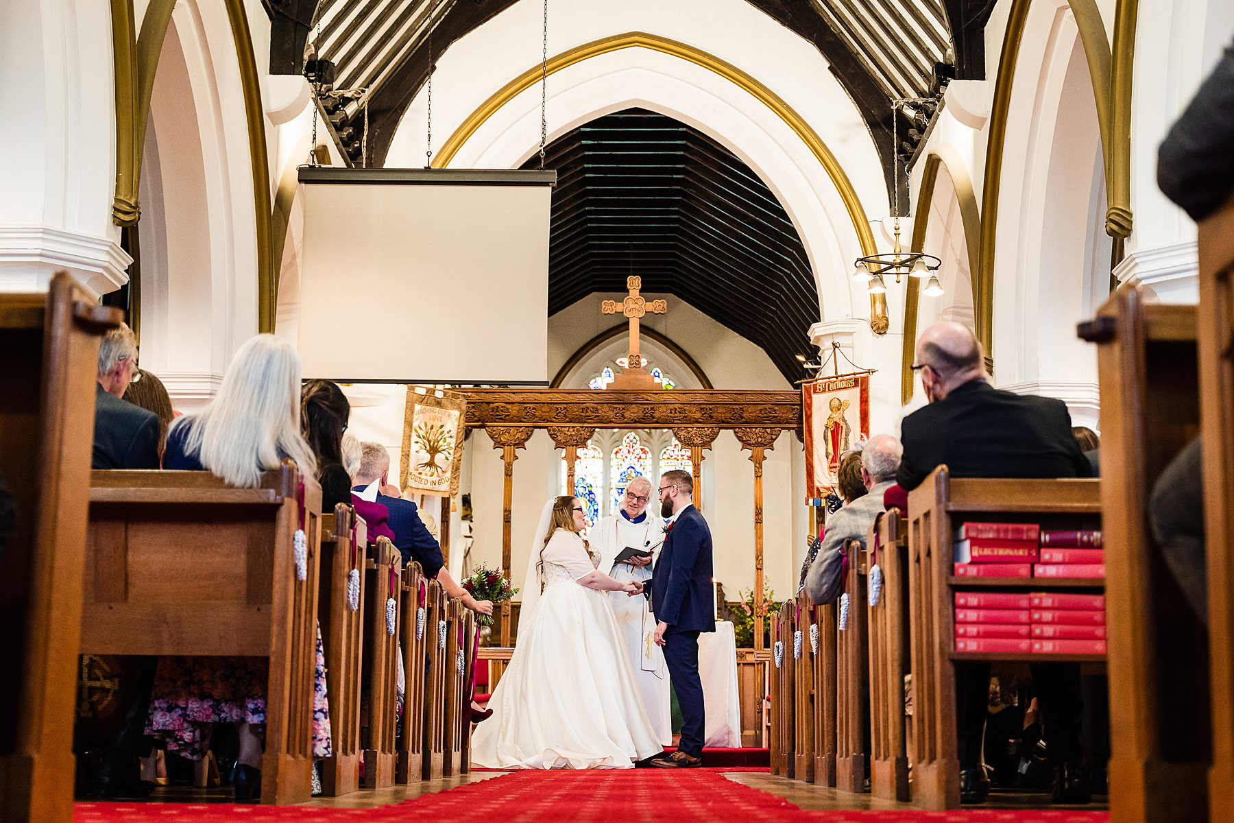 wedding at st nicholas church codsall