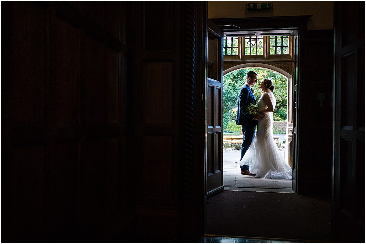 bride an groom portraits
