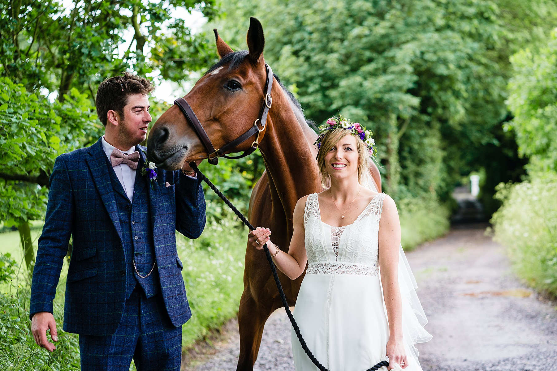 wedding couple and horse